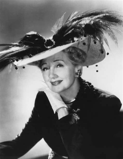 Hedda Hopper (1952) | The Cast of Feud Compared to Real