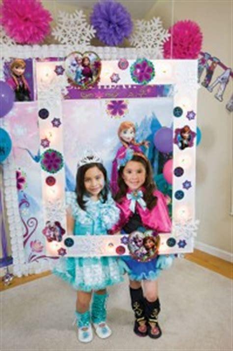 Large Frozen2 themes trends orlando family magazine