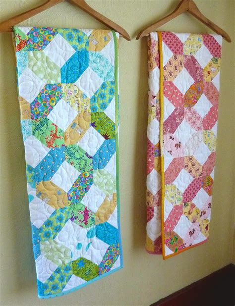 Hugs And Kisses Baby Quilt by Busy Bee No 16