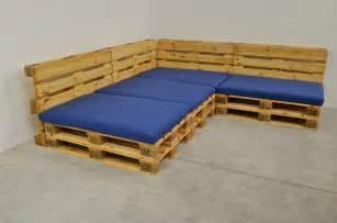 holzpaletten sofa yarial sitzecke europaletten anleitung