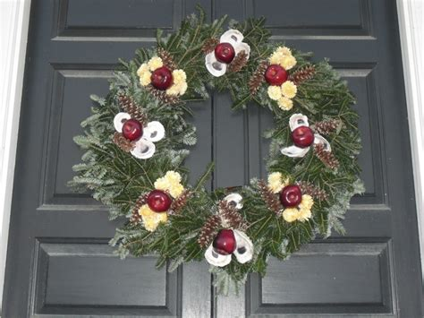 78 best wreaths of colonial williamsburg images on pinterest