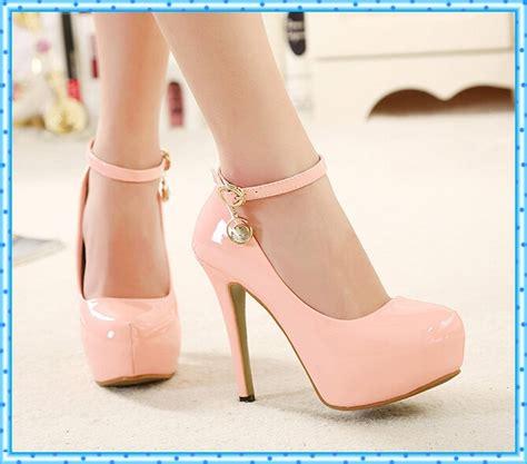 imagenes zapatos rosas para mujer zapatos de tacones altos de color rosa bombea