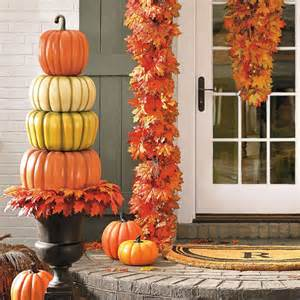 Pottery Barn Platter Create A Beautiful Fall Display With A Stacked Pumpkin Topiary
