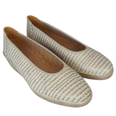 gabor comfort range gabor piquet womens comfortable slip on shoes mozimo