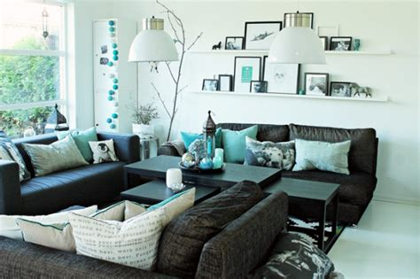 Turquoise And Black Living Room - amazing living room accented with turquoise