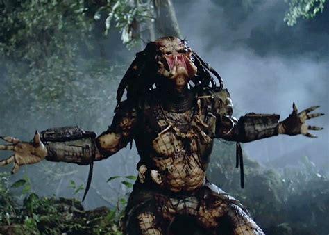 disfras de el depredador reciclado primer vistazo al nuevo depredador cineman 205 a