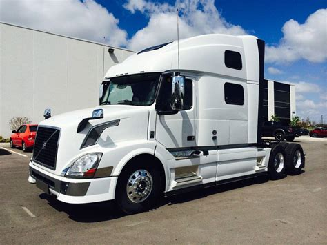 new volvo tractor trailers for sale mid ontario truck centre new trucks 2017 volvo truck
