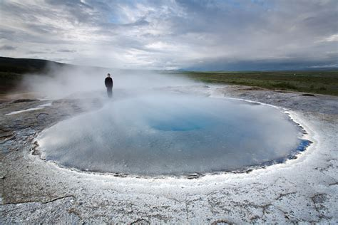 iceland blue lagoon and northern lights package 5 day winter package cave northern lights golden