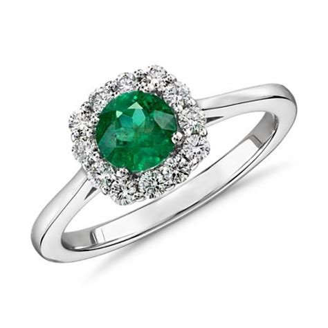 emerald and halo ring in 14k white gold 5mm