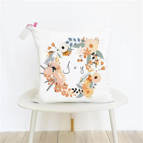 15 gorgeous fall pillow designs to add to your seasonal