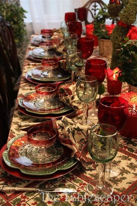 christmas dinner table settings 25 awesome christmas tablescapes decoration ideas the