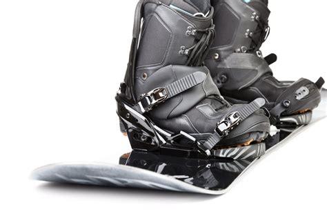 best snowboarding boots top 10 best snowboarding boots of 2018 the adventure junkies
