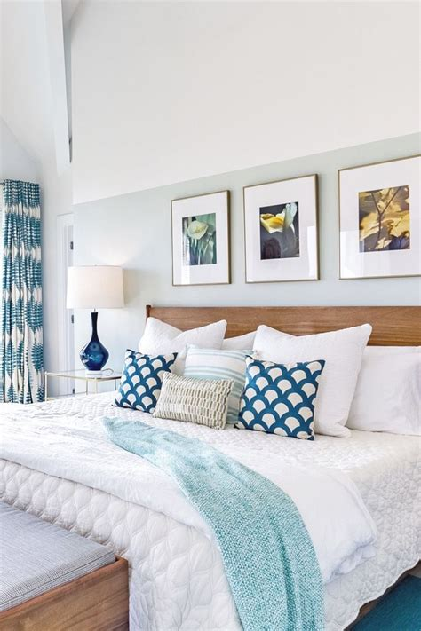 beach house bedroom  teal accents  wall
