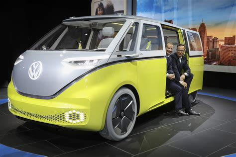 volkswagen concept van detroit auto show 2017 5 cars suvs magic minivan