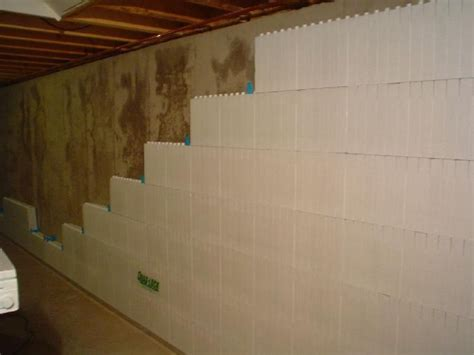 Ideas For Finishing Concrete Basement Walls 25 Best Ideas About Insulating Basement Walls On Basement Walls Concrete Basement