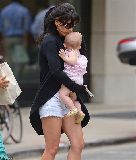 whatever floats your boat variations whatever floats your boat hilaria baldwin strikes kama