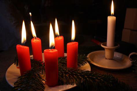 wann ist der erste advent wann und wo wird der 5 advent begangen gefeiert advent