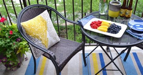 Painting An Outdoor Rug Painting An Outdoor Rug How To Paint An Indoor Outdoor Rug 187 Curbly Diy Design Community