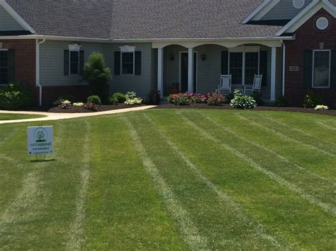 lawn care curb appeal landscape lawncare - Curb Appeal Lawn Care