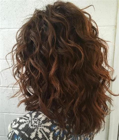 medium curly hairstyles styles weekly 20 hottest long medium wavy hairstyles for everyone