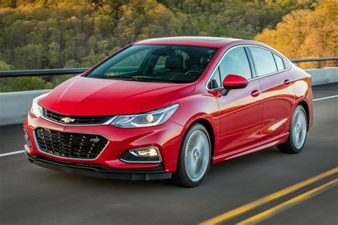 chevrolet cruze  sale pricing features