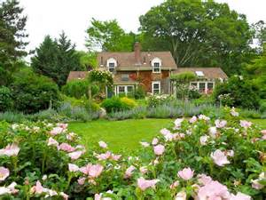 Cottage Garden Nursery - 23 dreamy cottage gardens hgtv s decorating amp design blog hgtv