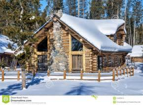 homes for na idaho log cabin in the winter forest of idaho royalty free stock