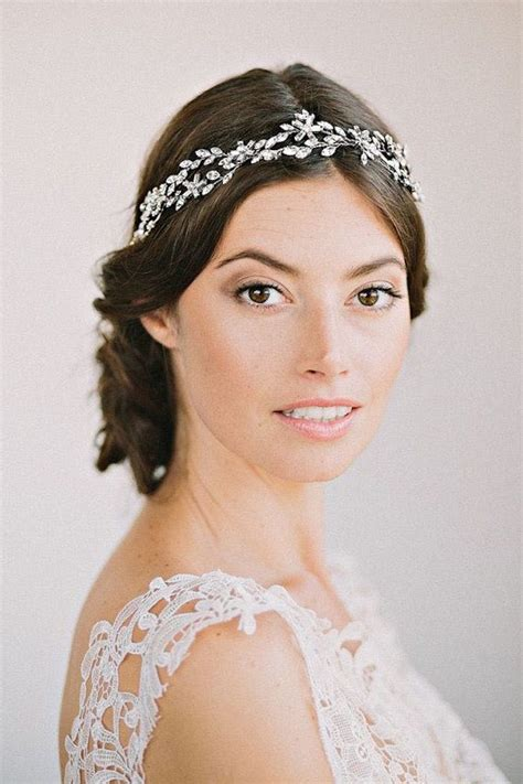 Wedding Hair Accessories Rental by The Guide To Wedding Dress Rentals Modwedding
