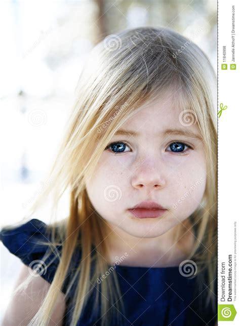 imagenes niña llorando ni 241 a triste foto de archivo imagen de hermoso perdido