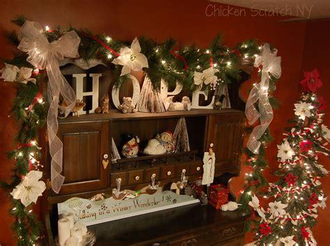 55 dreamy christmas living room d 233 cor ideas digsdigs 60 elegant christmas country living room decor ideas