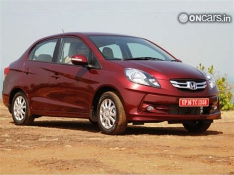 honda amaze discount offers honda offers discount benefits up to inr 1 5 lakh on