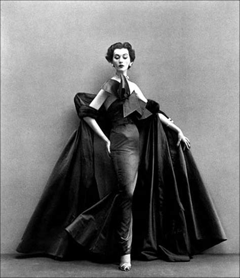 Haute Historian From To Laurent The New Look And The New New Look Second City Style Fashion richard avedon photographer page 5 the fashion spot