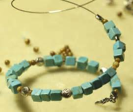 beading wire turquoise bracelet tutorial at the cottage
