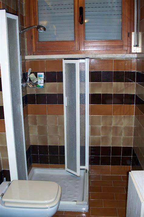 doccia in muratura misure sostituire piatto doccia standard con soluzione su misura