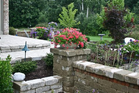 new leaf landscaping retaining walls new leaf landscaping