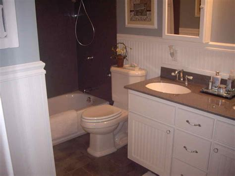 bathrooms with wainscoting photos wainscoting height bathroom