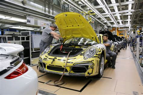 Porsche Production porsche 911 production how porsche 911 is made