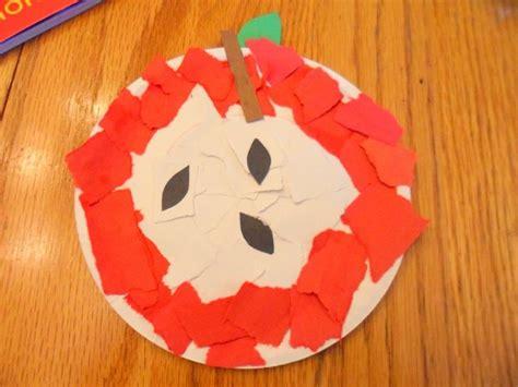 apple craft projects fall preschool apple craft ideas