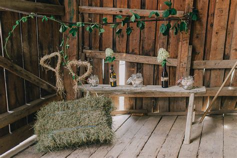 deko scheune diy hochzeit rustikal originelles scheunenfest im kurzen