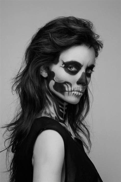 Hauntingly Beautiful Skeleton Makeup Girl - Barnorama