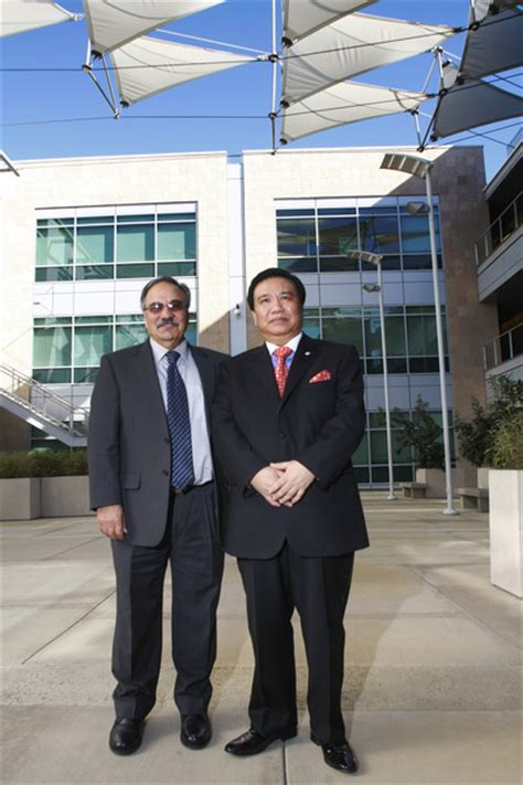 Uc Riverside Mba Dean by Ucr Newsroom Donor Commits To Fund Clean Energy Research