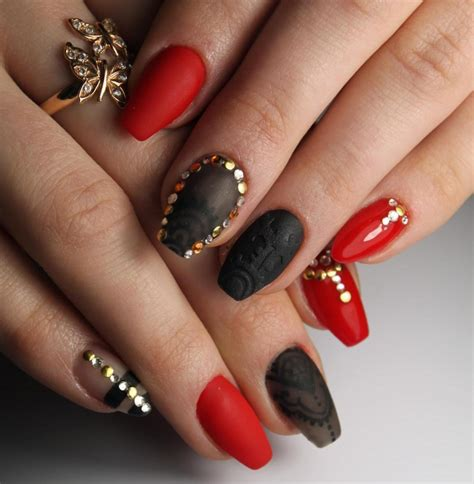 imagenes de uñas decoradas goticas красный маникюр актуальный дизайн ногтей фото фото