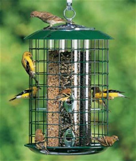 Squirrel Catapult Bird Feeder woodworking magazine trebuchet bookcase plans