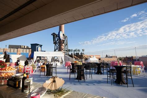 legends outlets introduces two legendary rooftop event