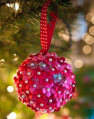 decorar bolas de navidad con fieltro adornos de navidad flores de fieltro manualidades