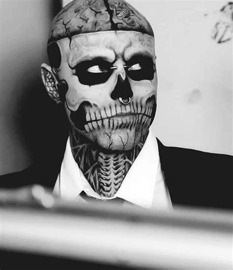 tattoo makeup guy gif pretty black and white fashion piercing body smile