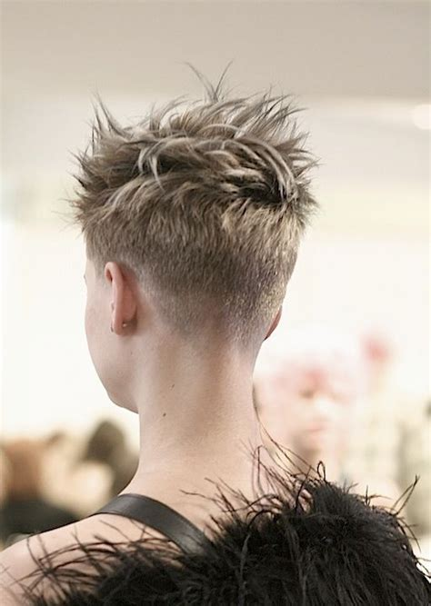 pixie cuts with buzzed back the 25 best buzzed pixie ideas on pinterest buzzed hair