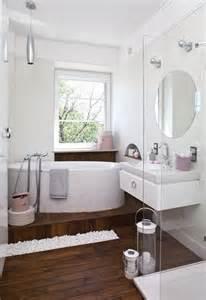 bd badezimmer 33 ideen f 252 r kleine badezimmer tipps zur farbgestaltung