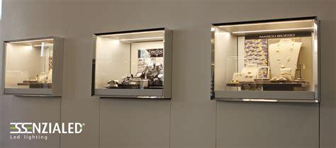 illuminazione vetrine negozi illuminazione led per negozi made in italy