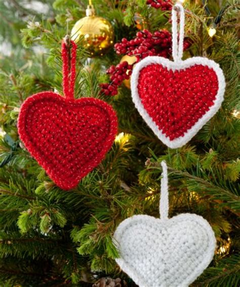 free pattern red heart red heart holiday christmas love hearts crochet pattern free